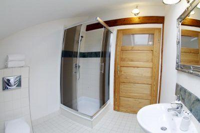 Łazienka w apartamencie 6